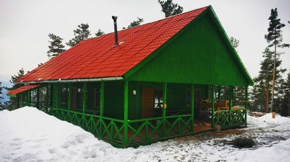 Chitakhevi shelter borjomi georgia campcaucasus winter hiking caucasus