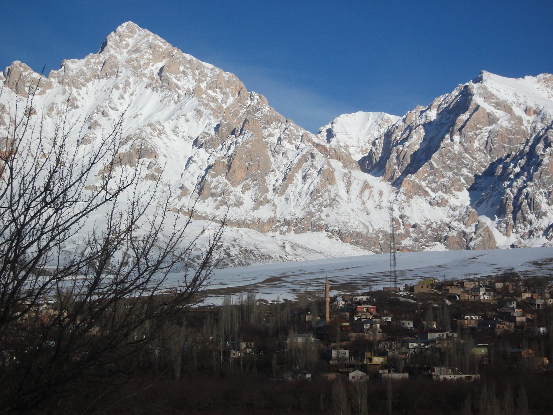 Ski touring Cappadocia Camp Caucasus (13