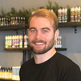 zac gnadinger at la dulce vapor lab