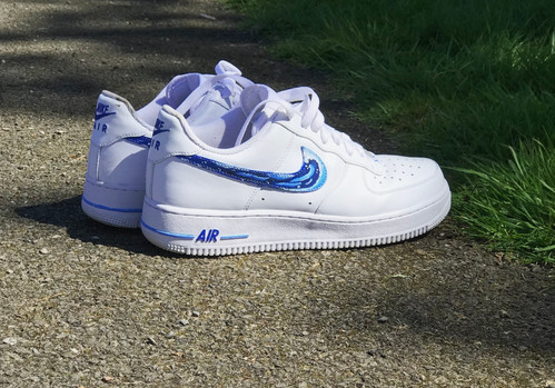 the latest 8076e c4148 Nike Airforce 1 x Waves