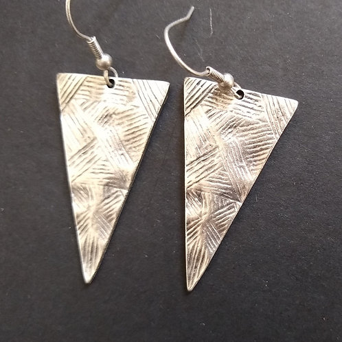 Hatti Triangle Metal Earrings
