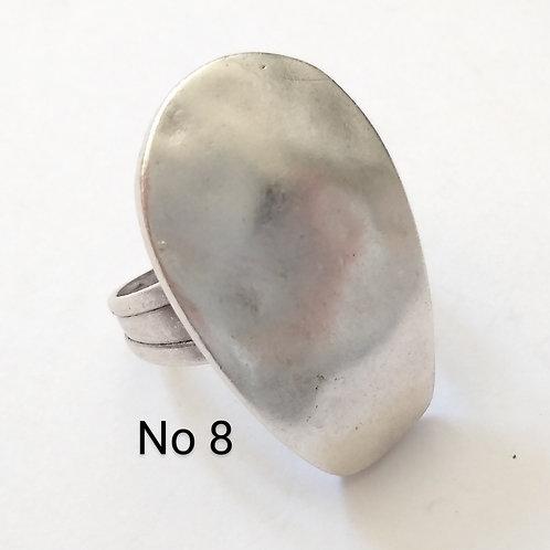 Hatti Metal Ring No 8