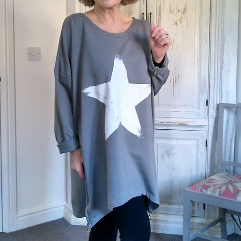 Heidi Large Top with Star & Zips