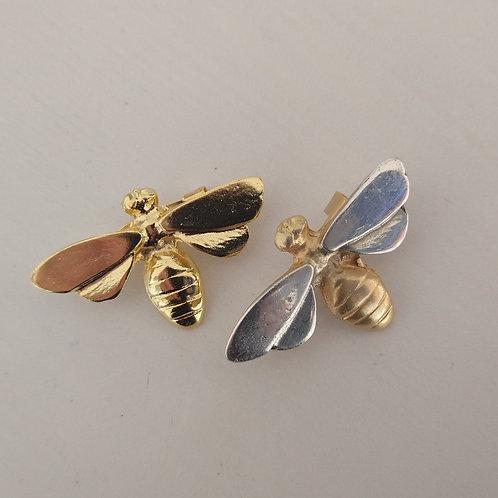 Hatti Metal Bee Brooch