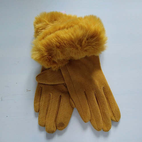 Miss Sparrow Feux Suede Cuff Gloves