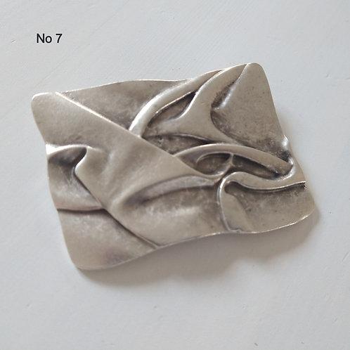 Hatti Metal Brooch no 7