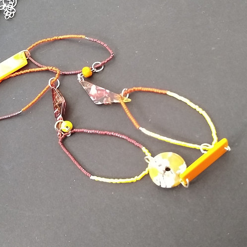 One Button Delicate Detailed Necklaces