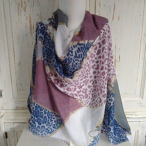 Envy Chain Link Pattern Scarf