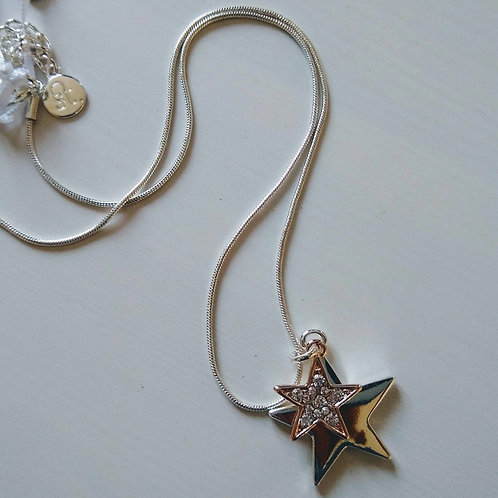 Short Star Necklace