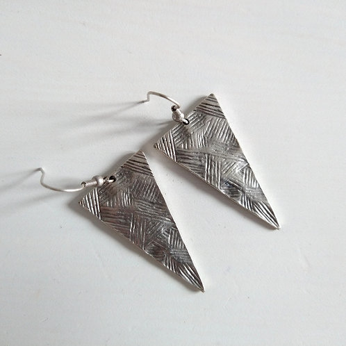 Hatti Triangle Metal Earrings
