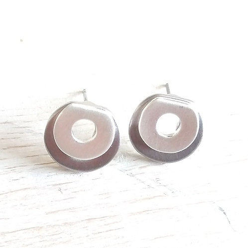 Two tone simple studs