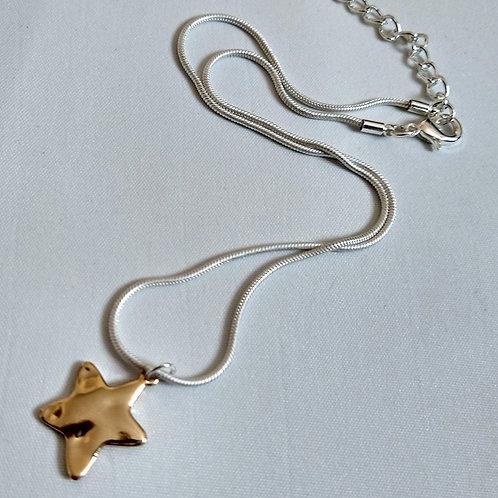 Small Beaten Gold Metal Short Necklace