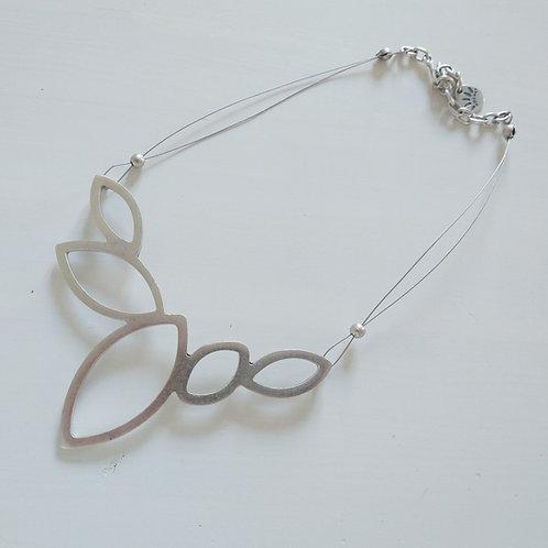 Hatti Flower on Wire Necklace