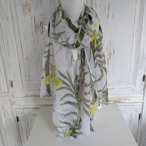 Soft Green and White Leaf Pattern Scarf