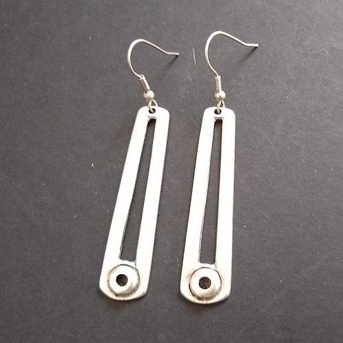 Hatti Metal Detail Earrings