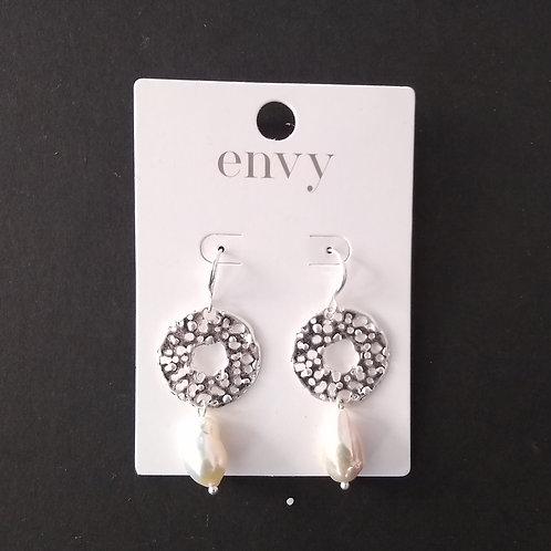 Envy silver and pearl earrings