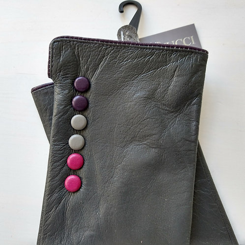 Leather with Multi Button Detail Gloves