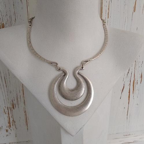 Hatti Double Loop Necklace