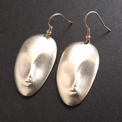 Hatti The Face Metal Earrings