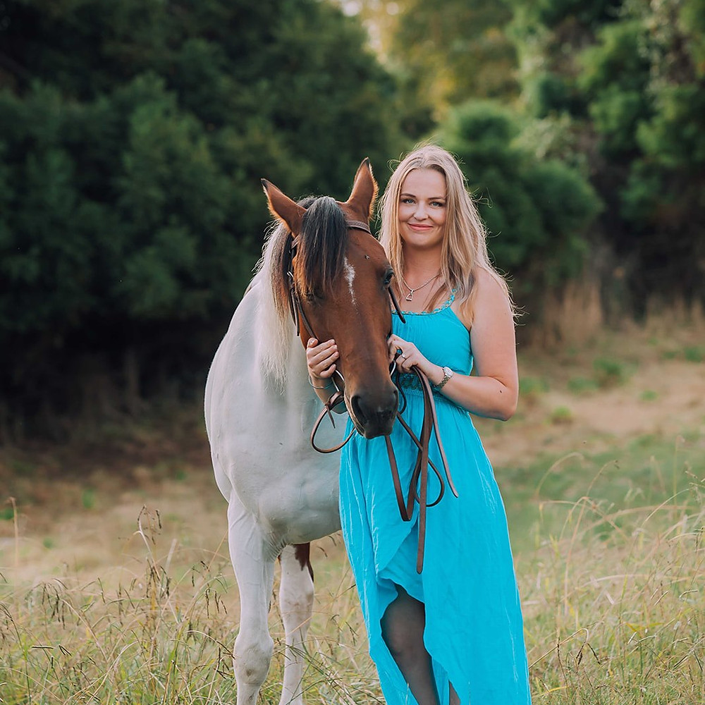Engagement Session | Western Style