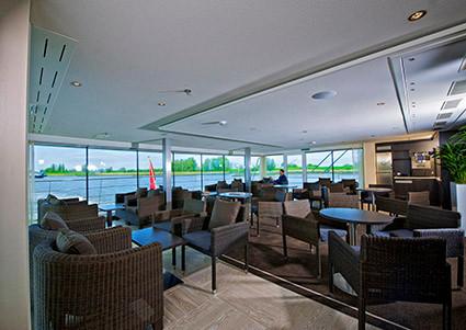 Avalon_Vista_Club Lounge_13.jpg