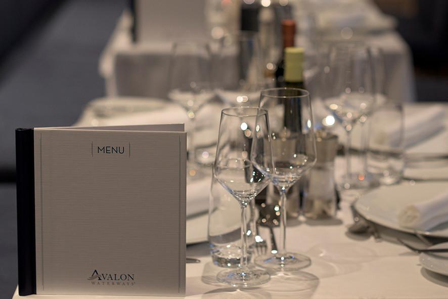 Avalon_Passion_Dining Room_02.jpg