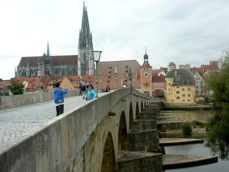 A ponte e o cachorro quente histórico