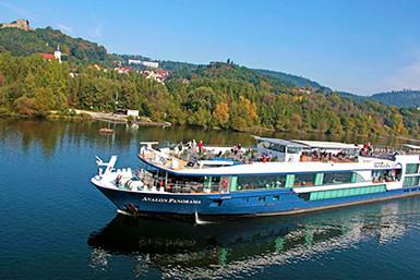 Avalon_Panorama_Exterior_Germany_Danube_