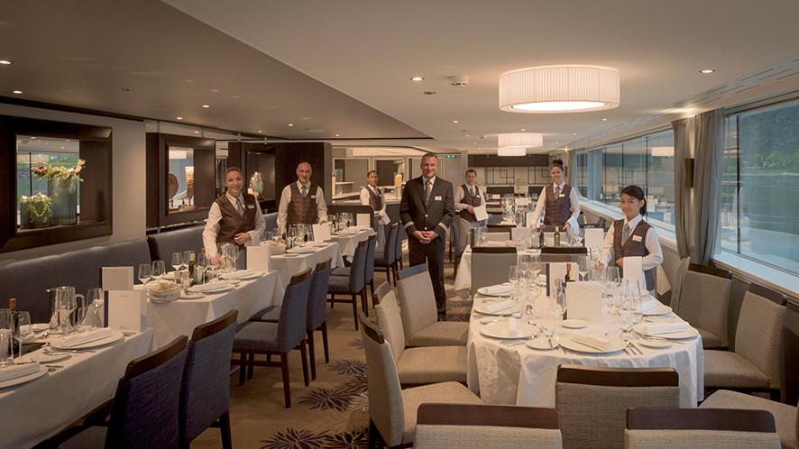 Avalon_Passion_Dining Room_06.jpg