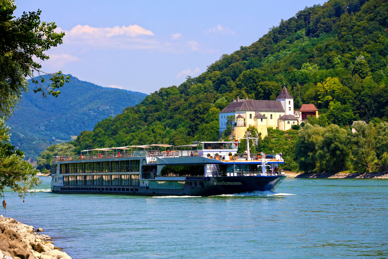 Avalon_Golfe_Rio_Danubio_Austria