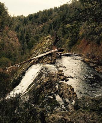 cascada escondida
