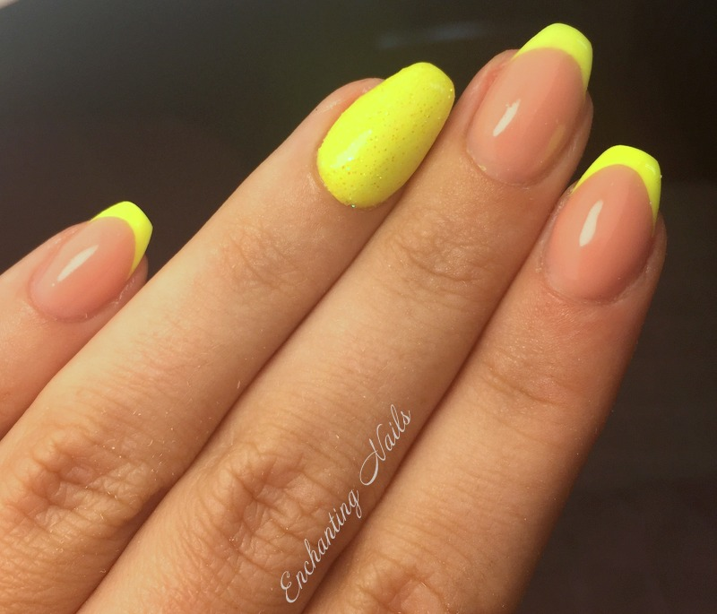reversed french - fluo geel