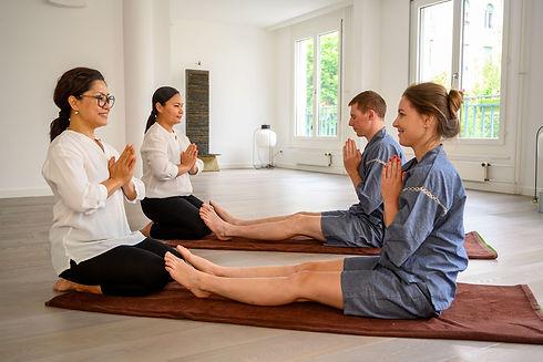 Thai massage class school greating thaïlandais cours école salut Wâi