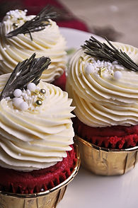 velvet cupcakes close.jpg