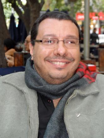 Professor de Canto Popular - Estúdio Vocal Ricardo Morra