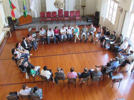 Prefeitura promove reunião para implementação do Programa de Segurança e Educação para o Trânsito
