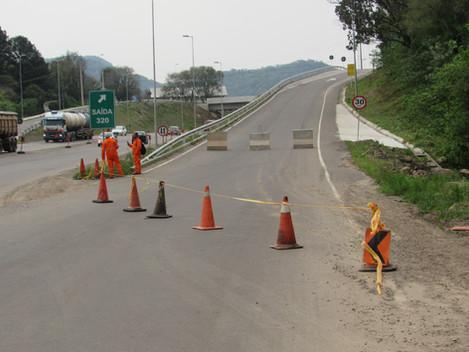 DNIT bloqueia alça de acesso ao Bairro Cerrito na BR-158/RS