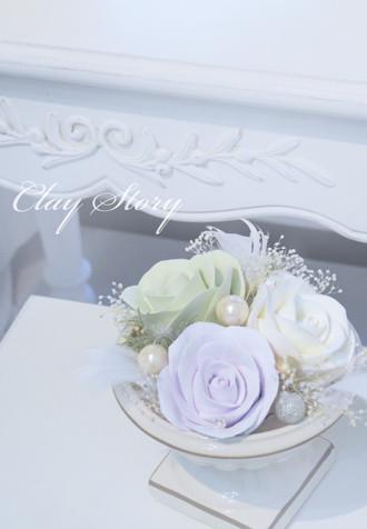 クレイ(粘土)で作るバラをアレンジメント