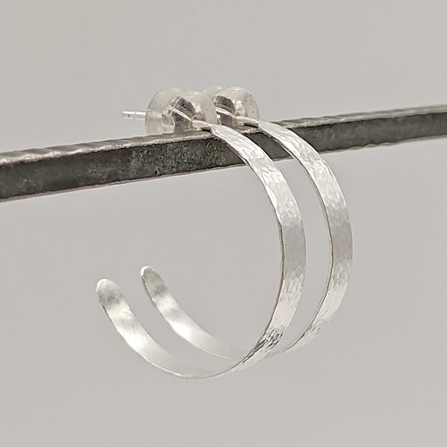 Hammered Band J Hoops
