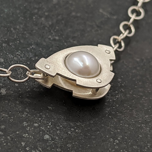 Mecha Necklace with 8mm White Pearl - Argentium