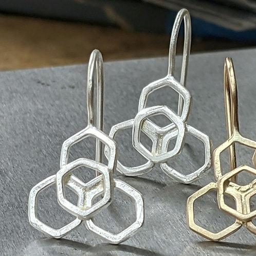 Honeycomb flower drop earrings