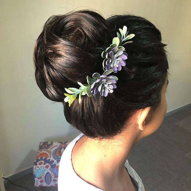 Coque em S!! #penteado #atendimentoexclusivo #coque #cabelopreso #casamento #diadanoiva #noiva #brid