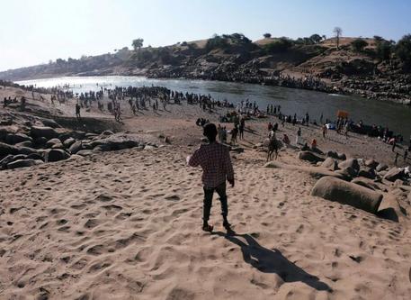 Ethiopia's Tigray: Bodies Float into Sudan