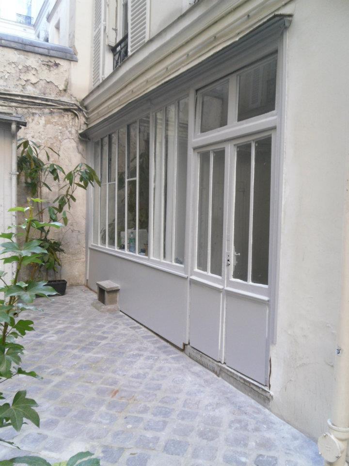 facade bureau