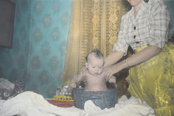 Linda Tabler - Bath time