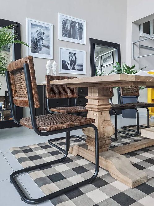 DINING TABLE (NATURAL)