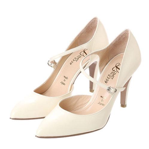 Strap heel pumps Ivory