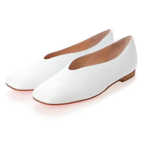 V cut flat shoes White
