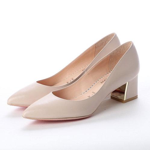 Chunky heel pumps Beige