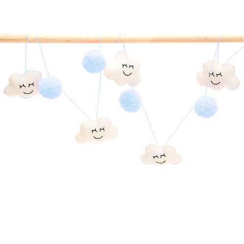 """Guirnalda """"estrellas y pompones azul celeste"""""""